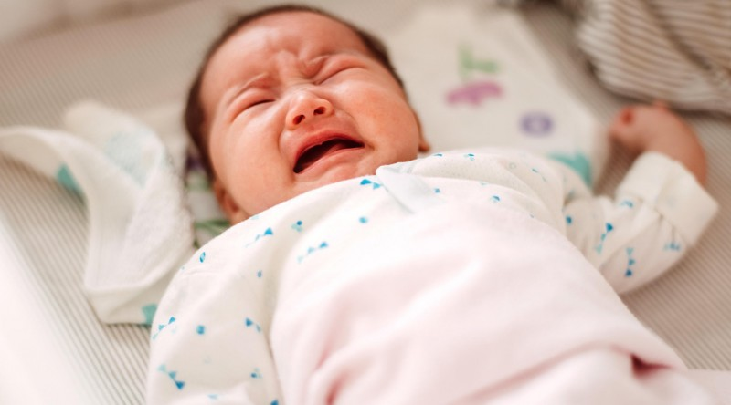 gejala hernia pada bayi