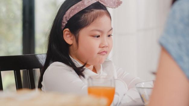 Anak Susah Makan. Photo: @tirachardz