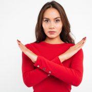 7 Kebiasaan Orang Tua yang Bisa Membahayakan Kesehatan Anak
