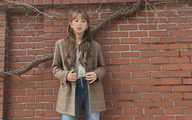 Dita Karang Anggota Kpop Idola Remaja